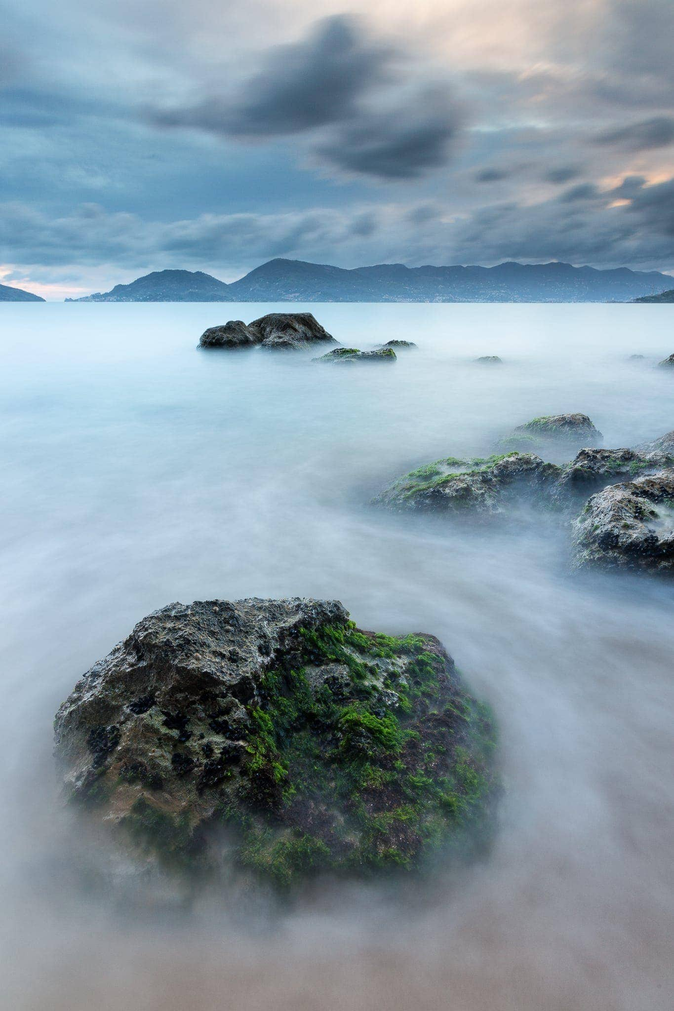 Francesco Gola Seascape Landscape Photography Long Exposure lerici Beach Green