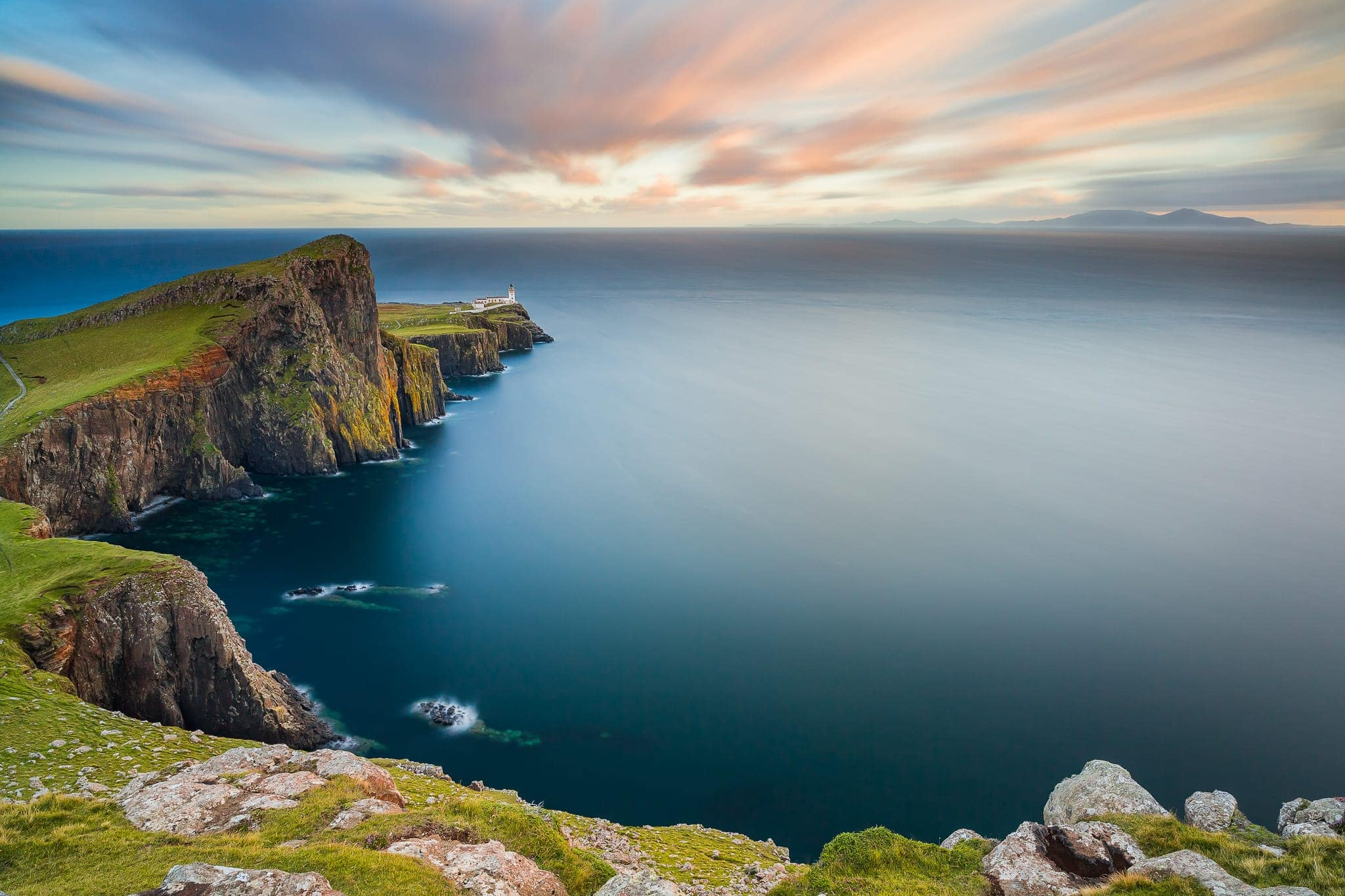 Francesco Gola Seascape Landscape Photography Long Exposure Scotland Skye Neist Point Lighthouse Apple