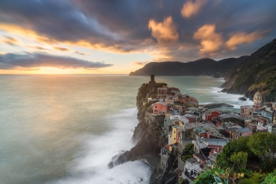 Francesco Gola Seascape Landscape Photography Italy Liguria Vernazza Cinque Terre Sunset Long Exposure