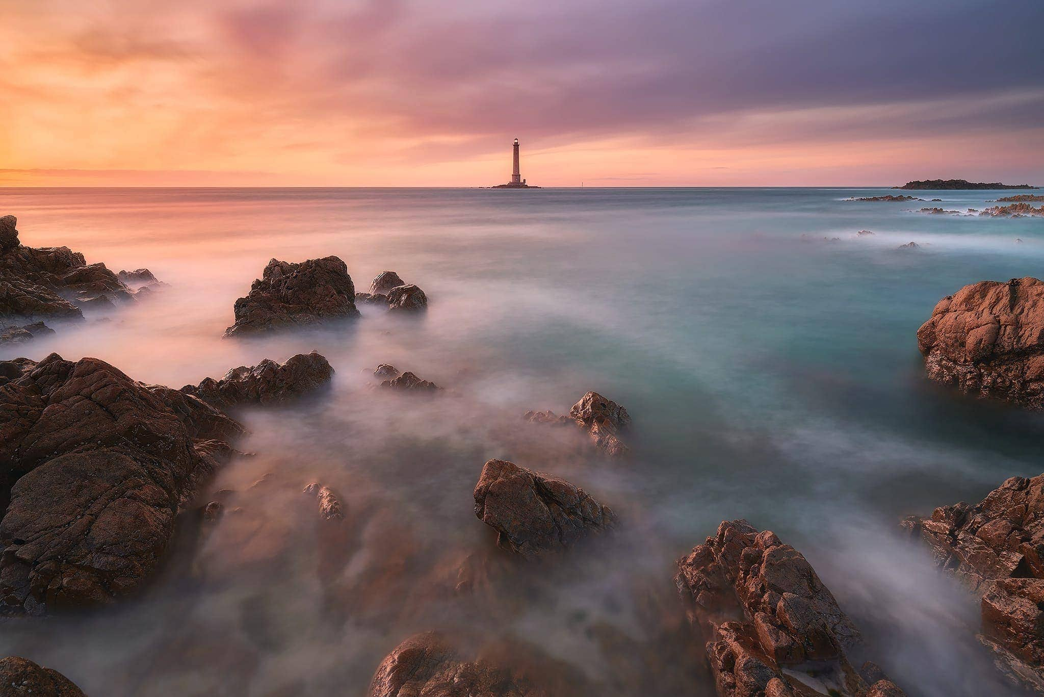 Francesco Gola Seascape Landscape Photography Long Exposure Faro Phare Lighthouse Cap Hague Goury France Normandy Sunset