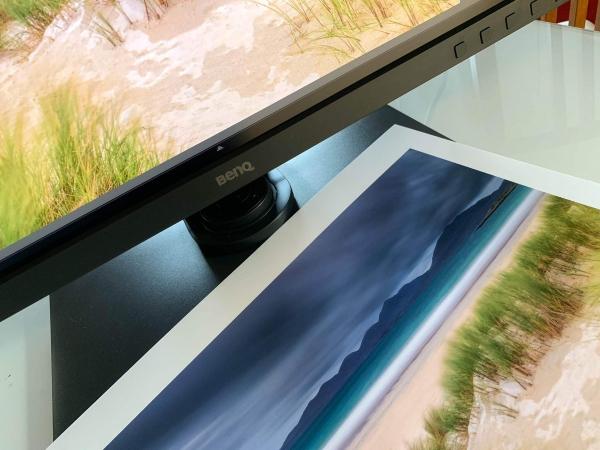 Francesco Gola Benq sw271 4k monitor print fineart
