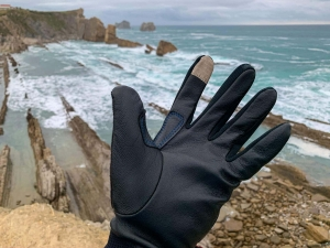Francesco Gola Review The Heat Company Durable Liner Pro New Gloves 3