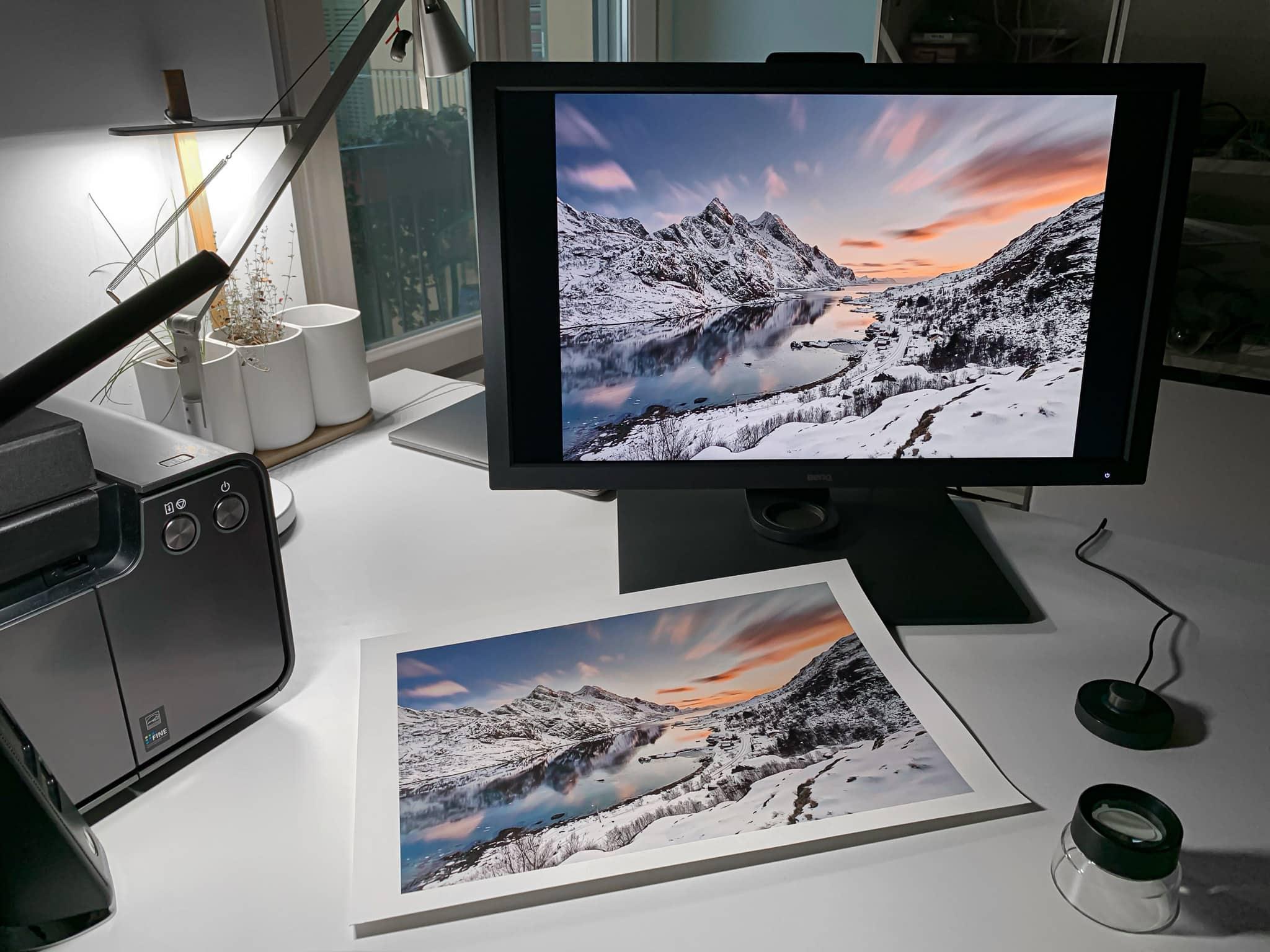 BenQ SW321C Paper Color Sync Technology